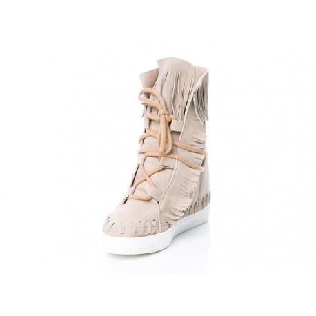 Bezowe skórzane botki na koturnie sneakersy a'la indianki welurowe VERONNA wyprzedaż